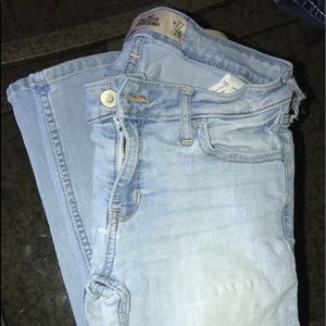 Hollister jeans size 27